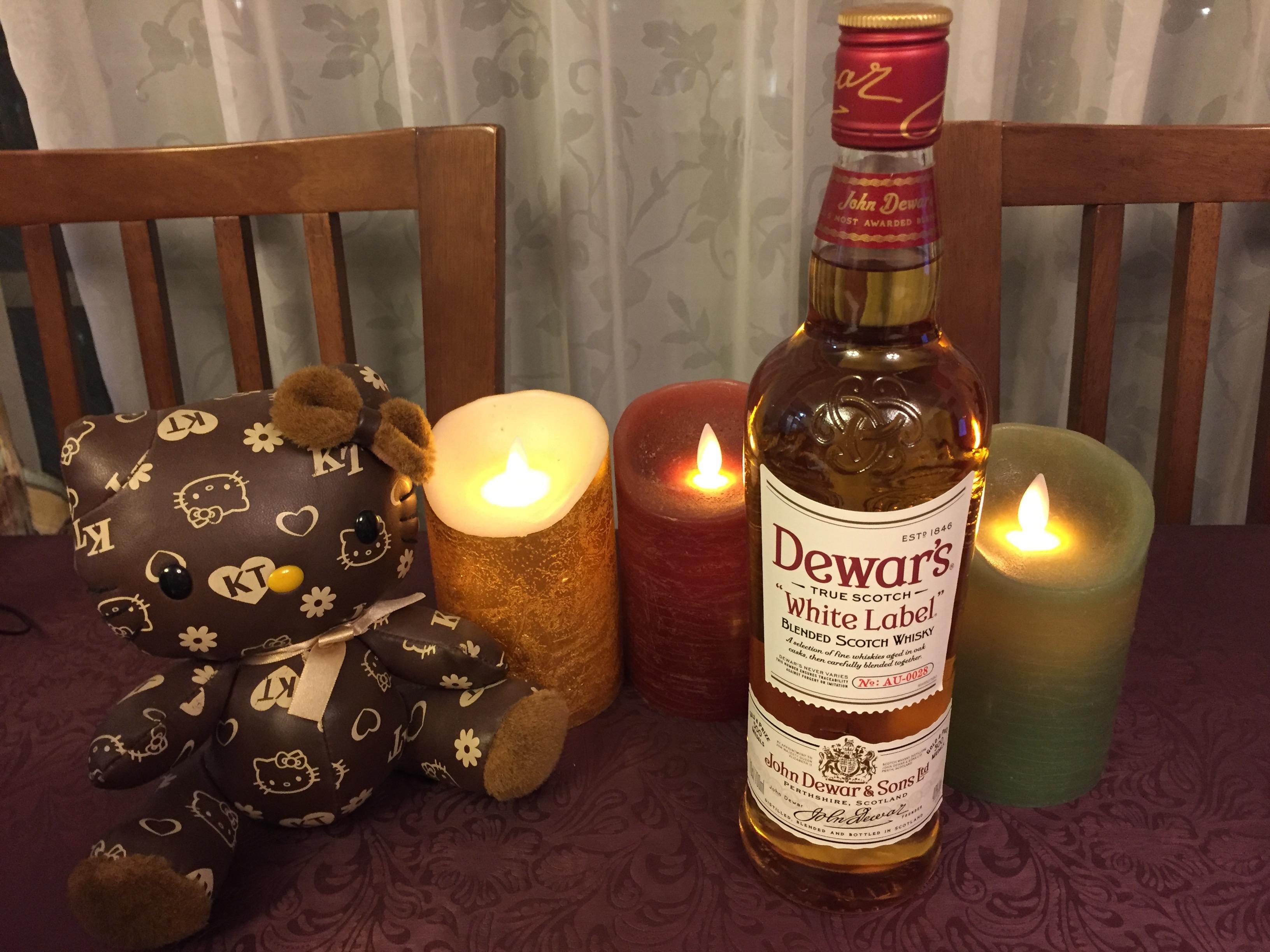 デュワーズ スコッチウイスキーの飲み方とお鍋にはハイボールがおすすめ