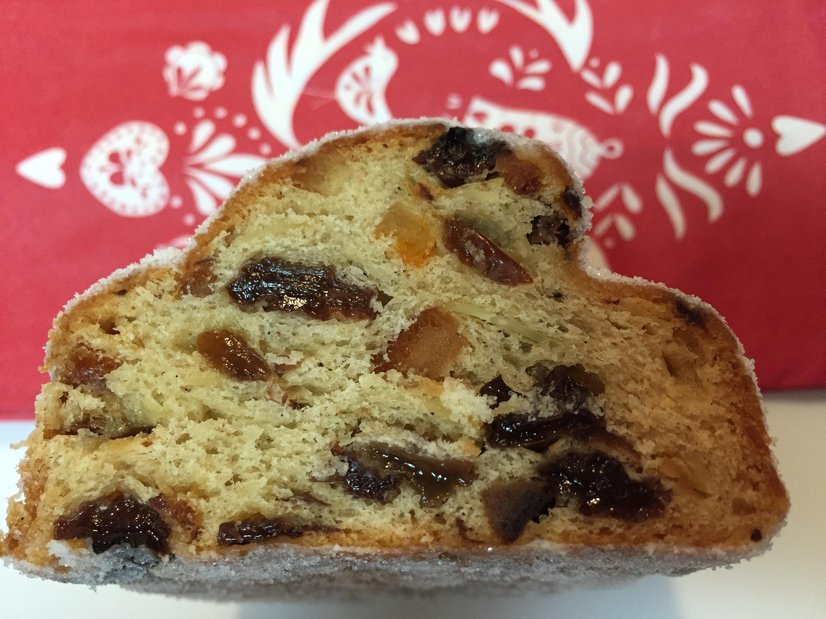 クリスマスケーキの日本と海外の違い シュトーレンの楽しみ方とは?